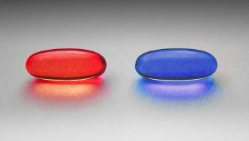 červená a modrá - kam vede sebejistota